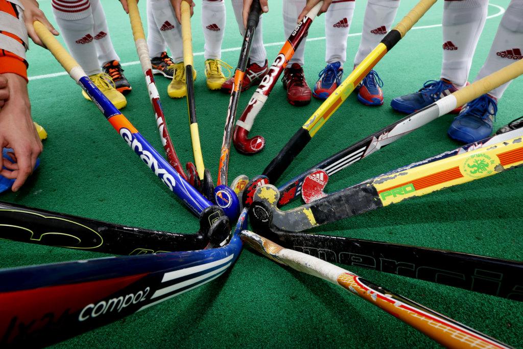 Hockey, Volvo Districtsontmoetingsdag 2014, Seizoen 2013-2014, 26-04-2014, DOD, HC Roterdam, Rotterdam, sticks en benen