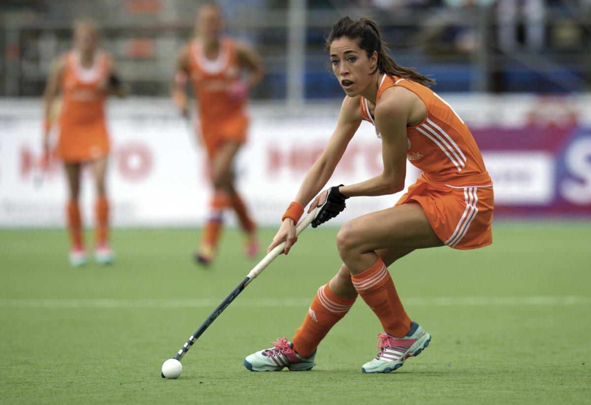 Naomi Van As Altijd Doen Wat Je Leuk Vindt Hockey Nl