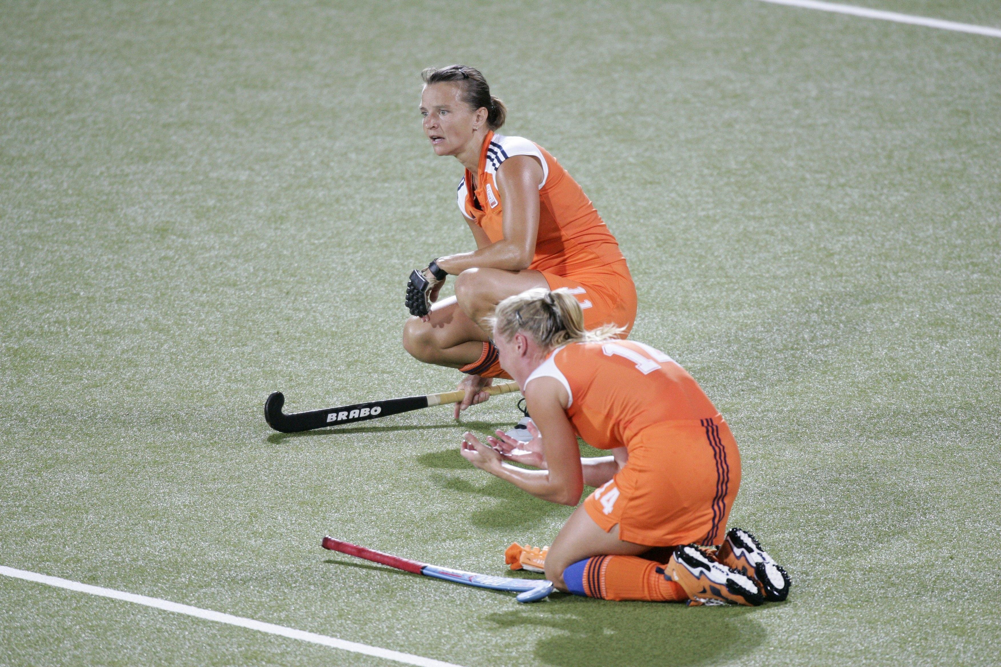 040826. Finale Olympische Spelen Athene, 2004. Nederland-Duitsland1-2. Nederland wordt tweede en de teleurstelling is groot.