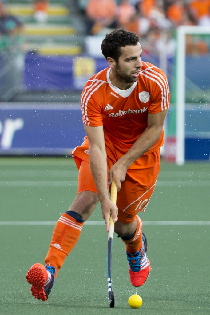 THE HAGUE - Rabobank Hockey World Cup 2014 - 2014-06-08 - MEN - SOUTH AFRICA - THE NETHERLANDS - Valentin Verga. Copyright: Willem Vernes