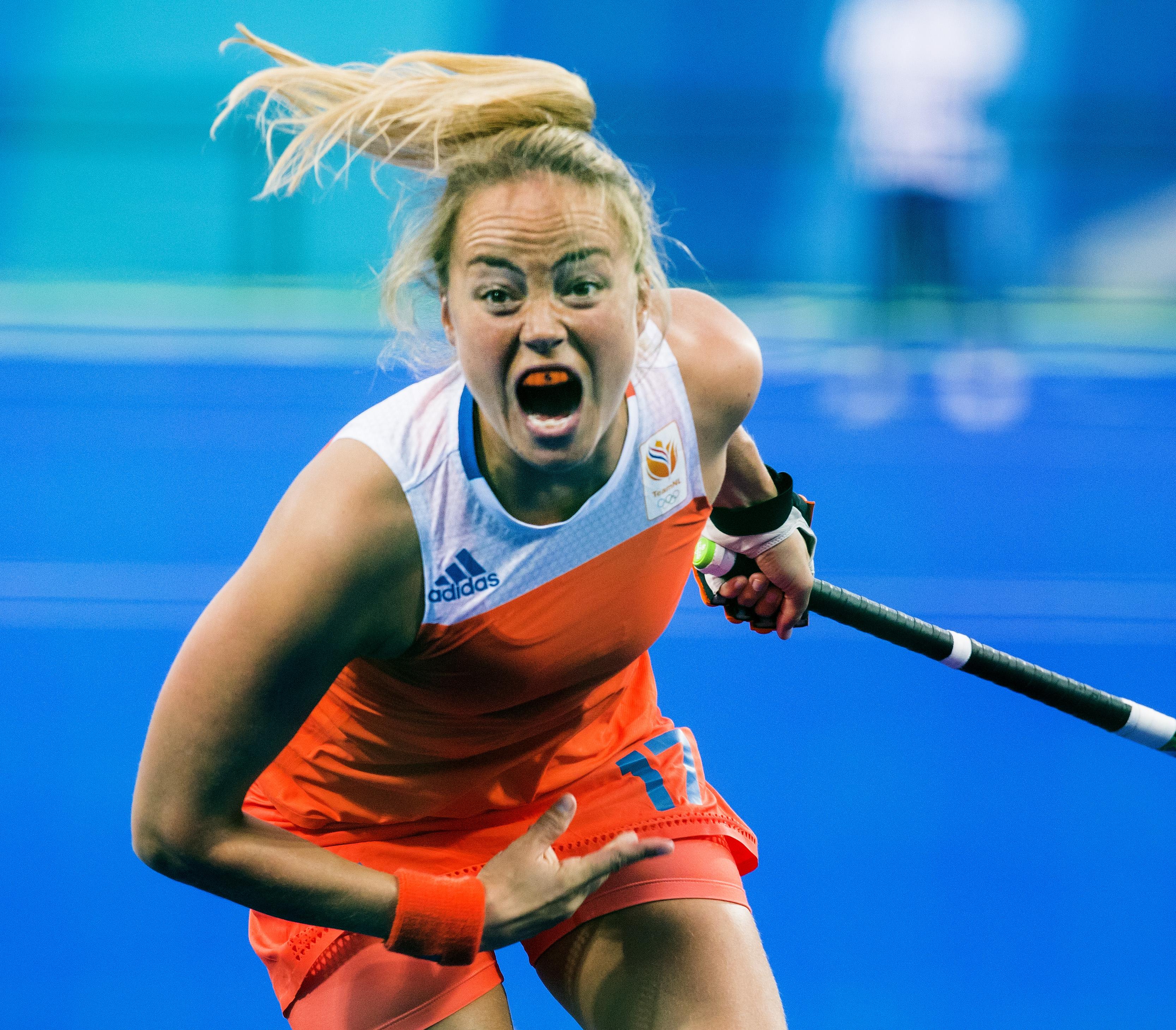 RIO DE JANEIRO (Brazili') - Maartje Paumen voor de poulewedstrijd hockey dames Nederland-Korea, tijdens de Olympische Spelen COPYRIGHT KOEN SUYK