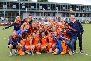 Nederlands Meisjes A staf Engeland Cork Maureen Diepgrond