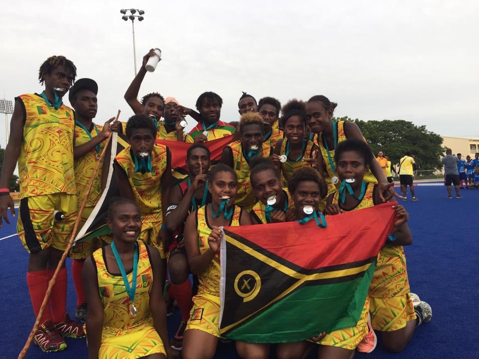 De nationale vrouwenploeg van gastland Vanuatu
