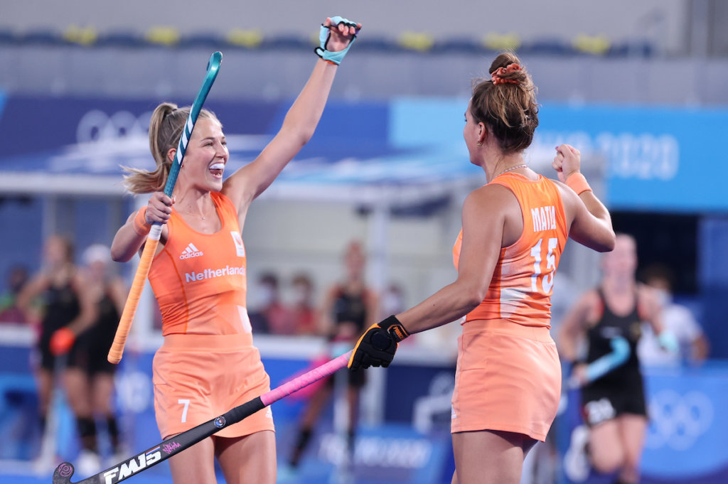 Xan de Waard, of the Netherlands, celebrates a Dutch hit with Frédérique Matla in the duel with Germany at the Olympic Games in Tokyo.Photo: Koen Suyko