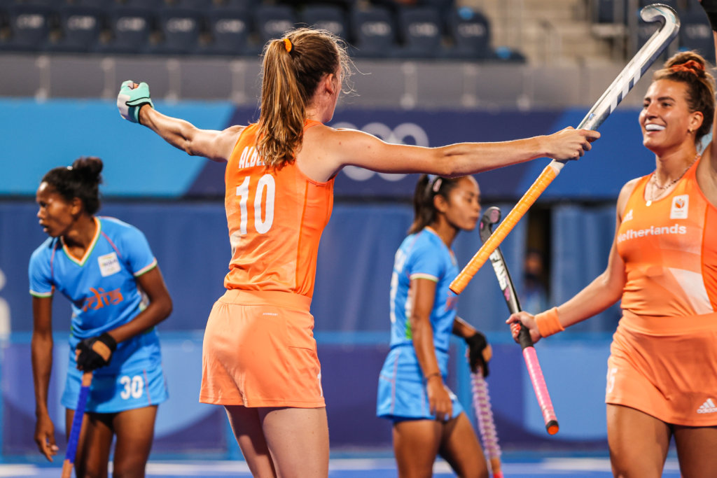 Orange Women started their hunt for a gold medal in Tokyo with a 5-1 victory over India